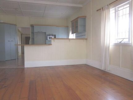 Seeking a female Christian for a lovely sharehouse in Coorparoo Coorparoo Brisbane South East Preview