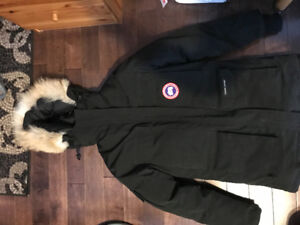 2xs expedition Canada goose jacket