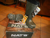 **** BRAND NEW NATS GREEN BOOTS ****