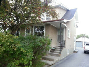 Large 3 Bedroom apt. -217 Whittaker St.-Close to schools-Nov 1st
