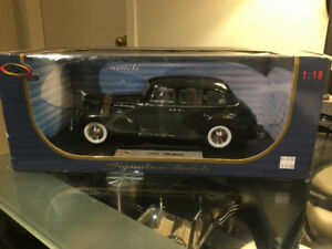 Signature 1938 Packard One-Eighty 1:18 Scale Diecast