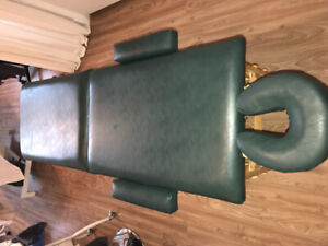 Massage bed leather and solid wood