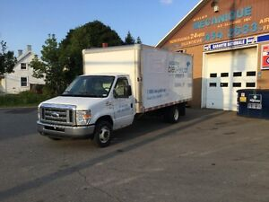 2011 Ford E-350 CTV Cube 16', 16pieds