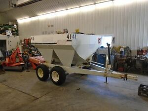 Wilmar S-500 , 5 Ton Tandem Fertilizer Spreaders