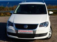 Volkswagen Touran 1.9TDI DPF ( 105ps ) Tech ( 7st ) 2009MY BlueMotion Match