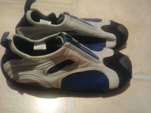 SIZE 2 Aqua Shoes - barely used