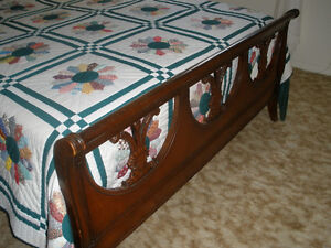 Antique Sleigh Bed Cornwall Ontario image 2