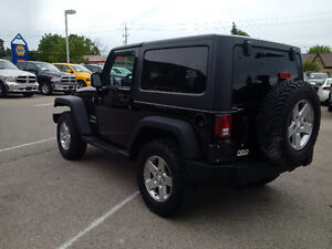 2011 Jeep Wrangler Sport 4x4 with 3 piece hardtop, clean! London Ontario image 2