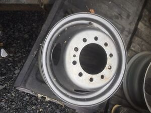 "16"" Dually rims.  10 bolt.  7.25 inches across.  Prince George British Columbia image 1"