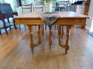 Antique  East Lake dining table. Kingston Kingston Area image 2