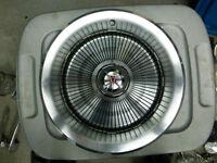 N.O.S. Caps de roues Pontiac N.O.S.