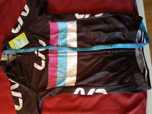 Cycling jersey and shorts - XS for small female or teenager