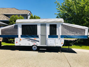 Tent trailer Immaculant 2011 1207 series Jayco 12ft