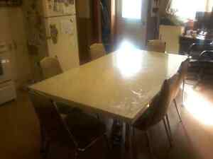 Vintage table &chairs 2 leaf f extensions Peterborough Peterborough Area image 2