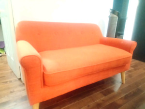 Accent Sofa Couch