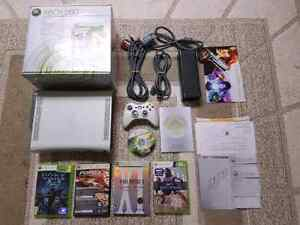 Xbox 360 bundle with games and controler