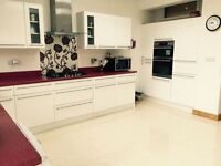 3 BED HOUSE TO RENT IN ILFORD!! NEAR LOXFORD LANE. 2 BATHROOMS . VERY MODERN £1650PCM