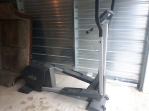 NordicTrack CX 938 Elliptical **Delivery Included
