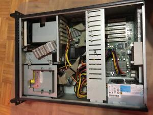 OLD Seasonic Server Case with 1 Gb of RAM. Antique