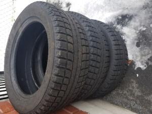 pneus hiver 205 55r16  comme neuf