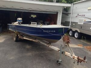 16FT ALUMINUM BOAT 20HP MOTOR AND TRAILER