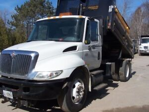 Used - Landscaping / Work Truck - 2006  4300 International