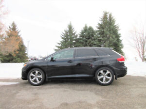 2010 Toyota Venza AWD Crossover- ALL NEW DISC BRAKES!!  $11 450