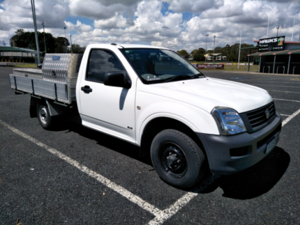 holden rodeo 2.4 petrol