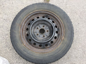 4 Winter Tire on Rim + 4 hub cap + 1 summer tire free along