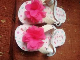 New girls summer flip flops