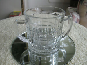 INTERESTING VINTAGE DOUBLE-HANDLED GLASS SUGAR BOWL