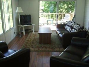 Lakeside Cottage on Beautiful Rice Lake! **Special FALL Rates**