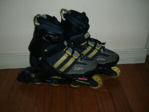 Gently Used Kids Youth Rollerblade size Y Adj 4-7,4.5, 5 and 6