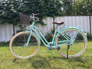 Vélo de ville pr Femme