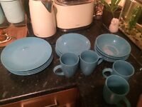 Blue kitchen set no chips perfect condition