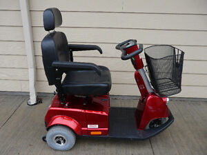 REDUCED $650.00 Fortress 1700TA Scooter