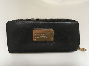 Marc by Marc Jacobs black & gold leather wallet