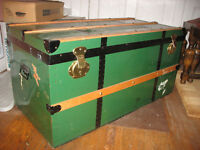 VINTAGE TIN & WOOD BLANKET BOX  CANADIAN MADE