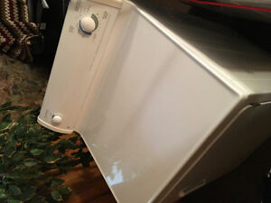 6.0' cu GE Electric Dryer