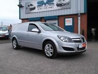 2012 61 VAUXHALL ASTRA 1.7 SPORTIVE CDTI 110 BHP IN SILVER WITH AIR CON DIESEL