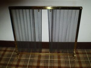 """FIREPLACE SCREEN BRASS 36"""" X 31"""" (  Solid Condition )"""
