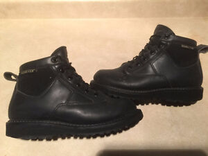 Women's Rocky Gore-Tex Outdoor Boots Size 5.5 London Ontario image 1