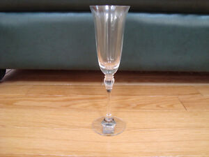 Mikasa Fluted Champagne Glasses (Set of 8)