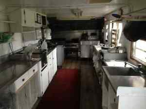 Food Trailer, superb condition. Has all appliances + soft serve London Ontario image 3