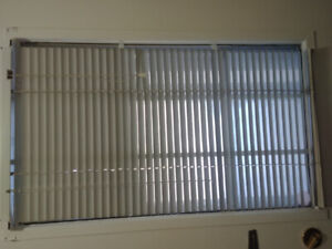 Blinds + Curtain rods