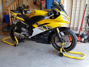 Mint condition- 2006 Yamaha  YZF- R6 Anniversary Edition