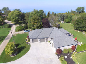 LUXURIOUS GRAND BEND BEACH HOME FOR RENT WITH HOT TUB