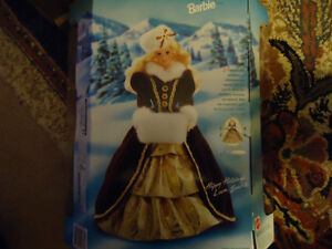1996  Happy Holiday Barbie  COLLECTABLE MINT CONDITION London Ontario image 3