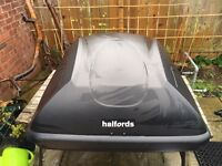 Halfords roof box and bars