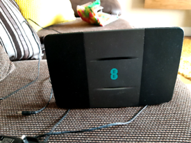 EE smart hub router. Latest one with 2 different bands